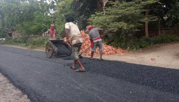 Pengecoran Jalan Desa Dengan Pola Padat Karya Desa Sukoharjo BMT